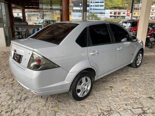 Ford- Fiesta Sedan 1.6 2013 + IPVA 2021 pago. - Foto 4
