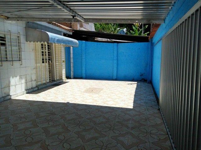 Casa c/ 330 m2 -3 quartos c/1 suíte-Escriturada-Barro - Foto 4