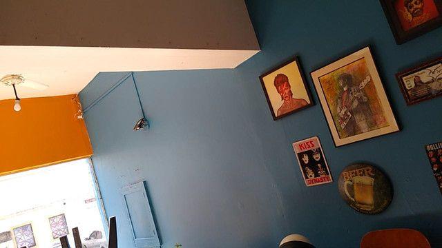 Aluga-se Lindo Imóvel Comercial e ou Residencial, com garagem para um carro, 2 dormitórios - Foto 4