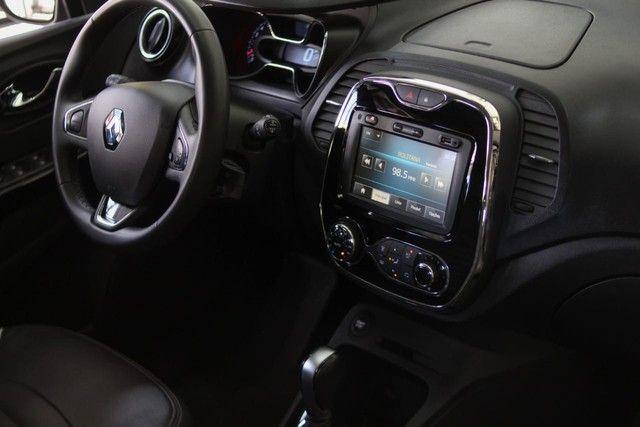Renault Captur intense 1.6 Automática 13mil Km apenas  - Foto 12