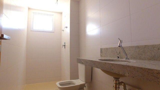 Apartamento com 300m², 4 suítes e sala para 3 ambientes a com vista para o mar de Jatiuca - Foto 8