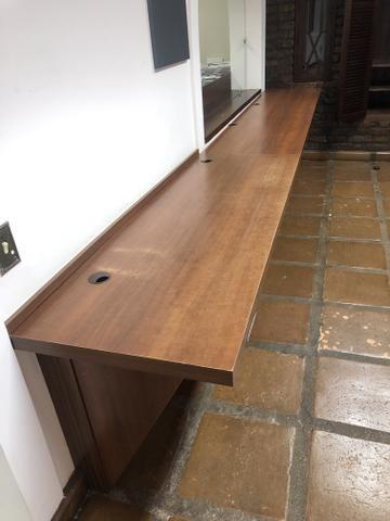 Bancadas em Madeira para escritório - Foto 2