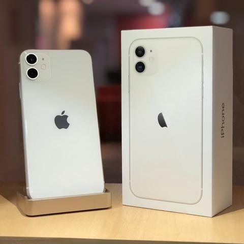 IPhone 11 64gb (12x no cartão; aceitamos seu aparelho como entrada) - Foto 2