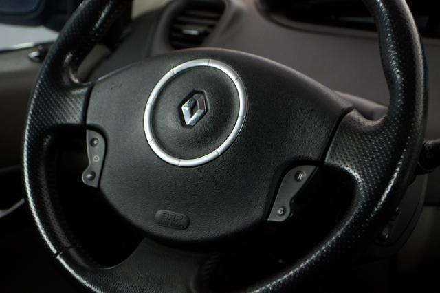 Renault Grand Scénic Grand Dynamique 2.0 16V 5p Aut. - Preto - 2009 - Foto 16