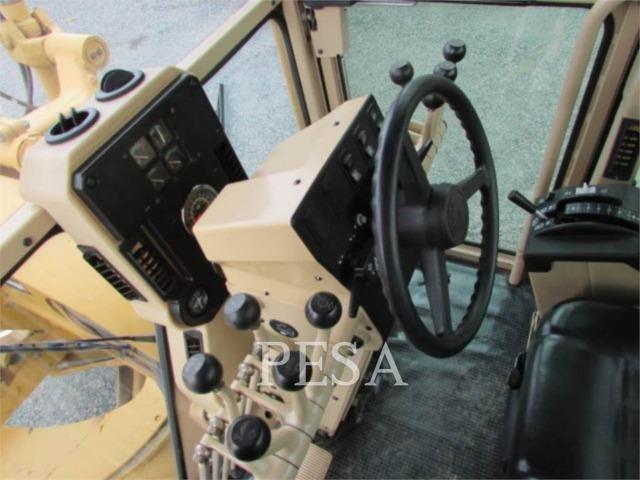 Motoniveladora Carterpillar 120k 2011 - Foto 6