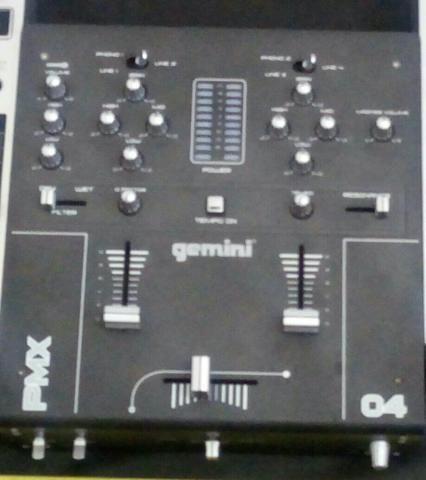 Mixer gemini pmx 04 muito conservado com caixa e manual
