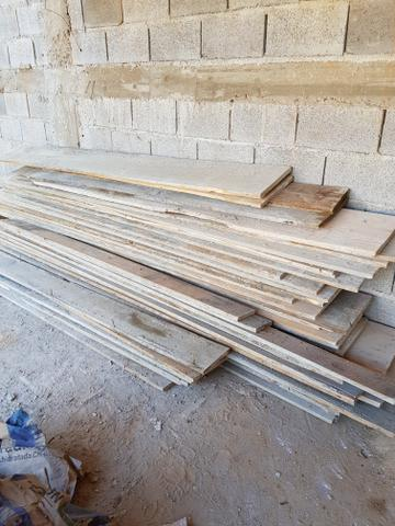 Tabuas de pinos 30cm