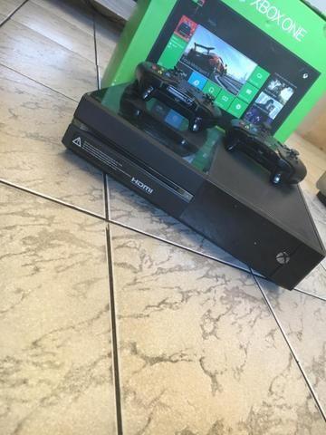 Xbox One+2 Controle+FIFA19/18/17/15