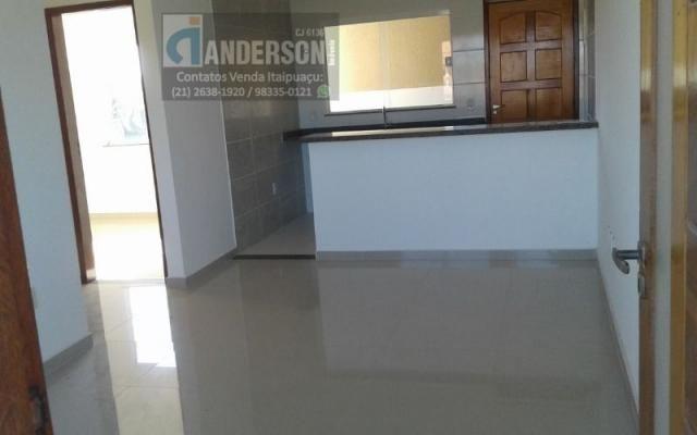 Apartamento 2Qtos c/fino acabamento porcelanato em Itaipuaçu