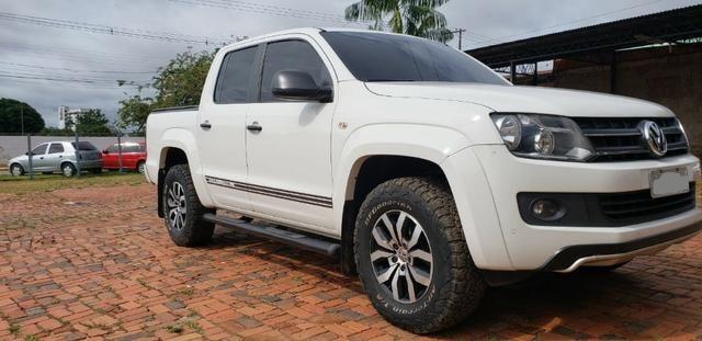 Se você precisa de uma camionete Boa e Barata, aproveite essa Linda Amarok T. Dark Label - Foto 3