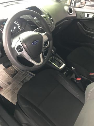Ford New Fiesta 2017 AUTOMÁTICO 1.6 - Aceito Trocas- Carro impecável - Foto 4