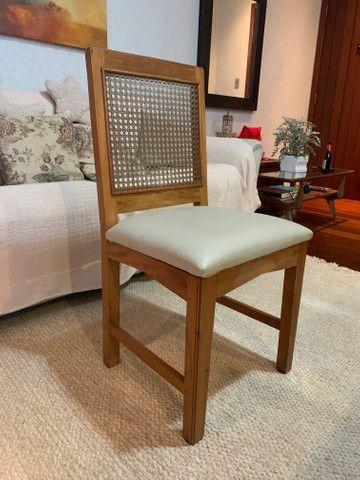 Cadeiras de madeira maciça - Foto 6