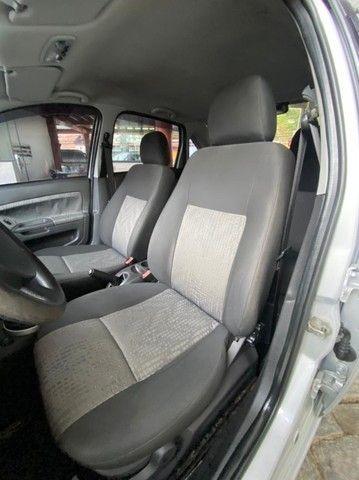 Ford- Fiesta Sedan 1.6 2013 + IPVA 2021 pago. - Foto 8