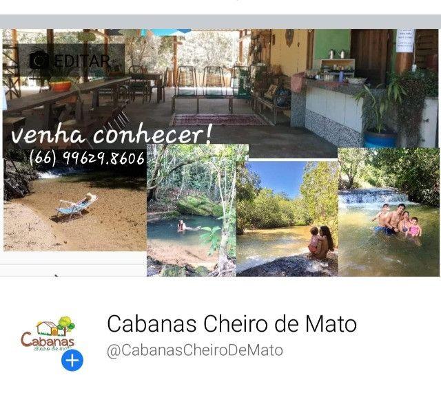Área para camping e cabanas *