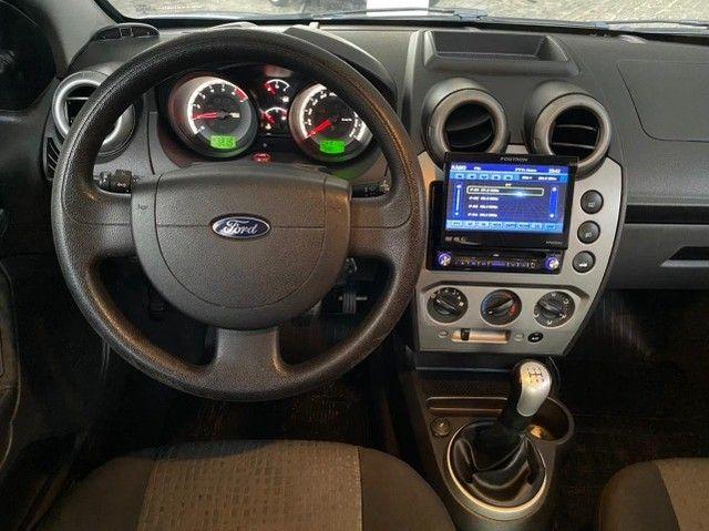 Ford- Fiesta Sedan 1.6 2013 + IPVA 2021 pago. - Foto 7