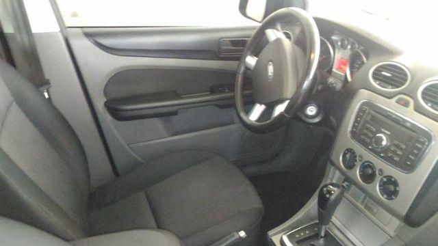 Ford Focus Sedan com kit GNV 5ª geração - Automático - Foto 5