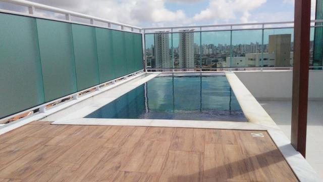 Cobertura no Cond. Heitor Vila Lobos, 280 m2, lagoa nova, 3 suítes, terraço com piscina