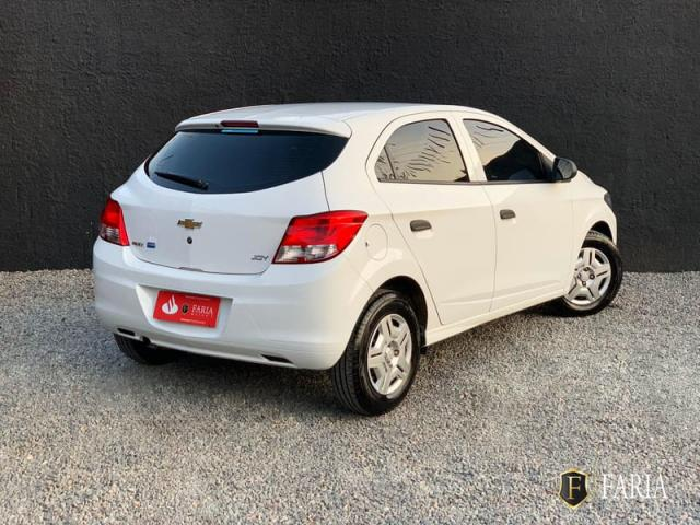 CHEVROLET ONIX 1.0 MT JOY 2018 - Foto 5