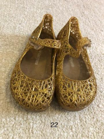 Sapato infantil 4 por R$ 50,00 - Foto 3