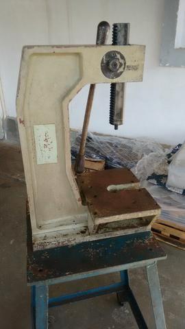 Prensa manual cremalheira 4 toneladas - Foto 5