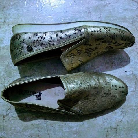 Sapatilhas comfort cor ouro #37br - Foto 2