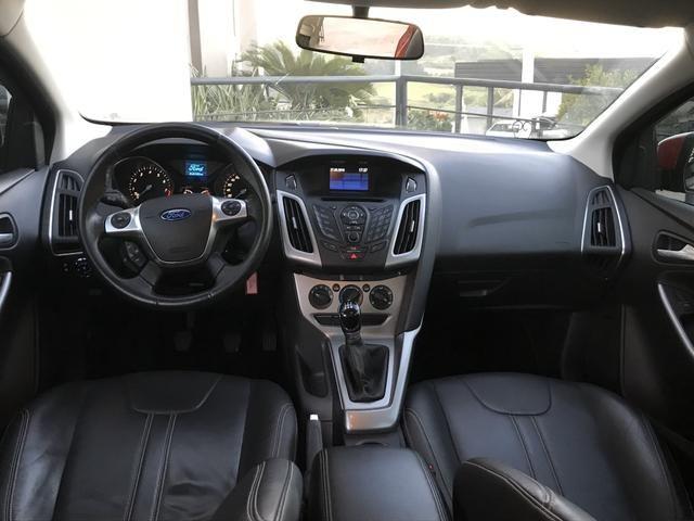 Ford Focus SE Manual 2015 - Foto 8