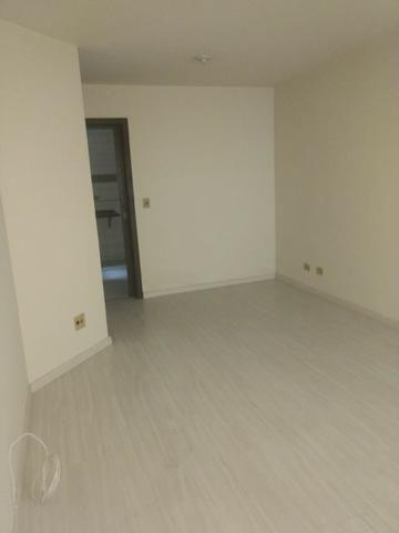 Sobrado 3 dormitórios Pinheirinho - Foto 2