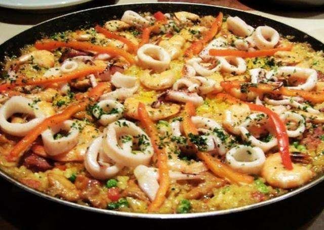 Paella de frutos do mar ?