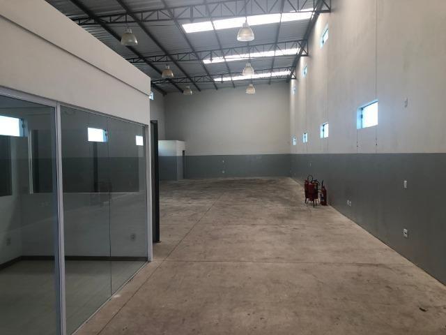 Barracão 484 m² - Foto 2