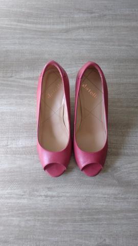 Sapato Peep Toe Datelli 35