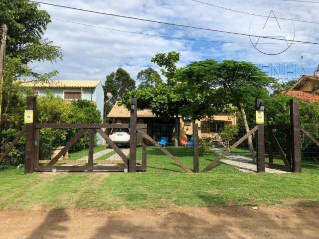 Casa à venda com 3 dormitórios em Praia da barra, Garopaba cod:595