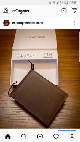 Carteira de couro Calvin Klein