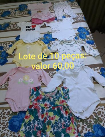 Vendo roupas pra bebê menina