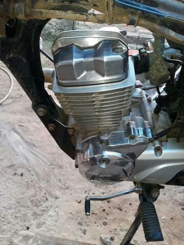Compro chaci e motor da titan 150 2004 a 2009 tem esta documento