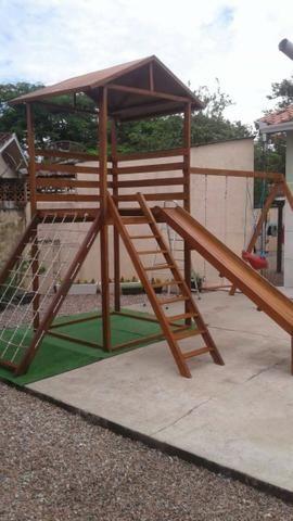 Playground com Escorregador Conjunto 6 Brinquedos em Madeira de Lei