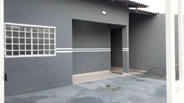 Linda Casa toda laje e garagem 02 carros, 02 quartos - Foto 2