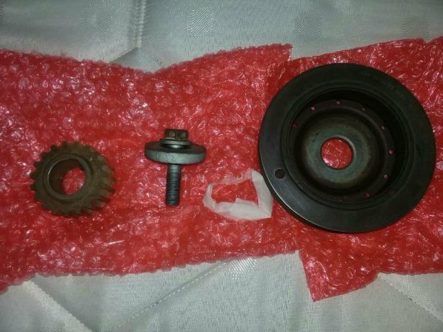 Polia do eixo verabrequim c/engrenagem e parafuso motor scenic 2010, 1.6 16v original