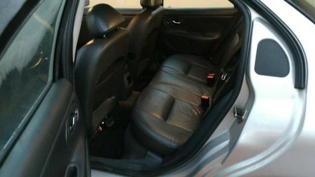Ford Mondeo Ghia top 2000 V6 - Foto 6