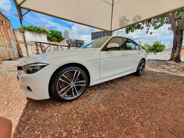 BMW 328I M 2018/2018 c/ 10 mil kms - Foto 2