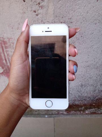 iPhone SE 800