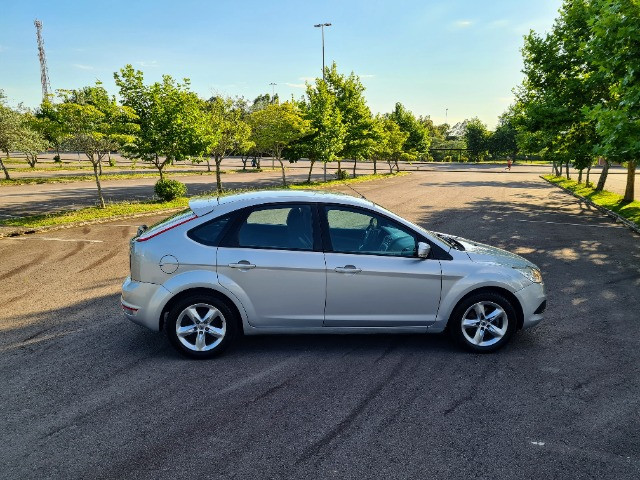 Ford Focus 1.6 - Foto 16