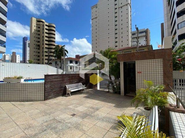 Apartamento para venda possui 211 metros quadrados com 3 quartos em Meireles - Foto 9