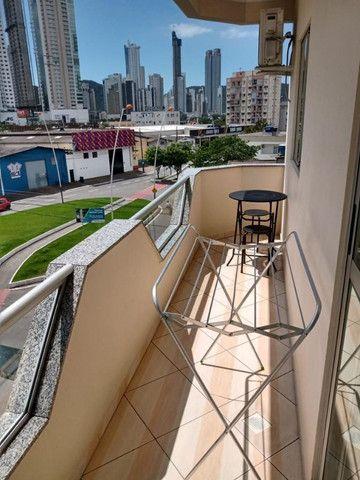 Apartamento mobiliado em ótima localização - Foto 10