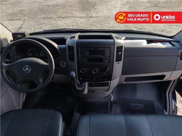 Sprinter 2.2 CDI Diesel Van 415 TA Longo 16L Manual - 2019 - Foto 7
