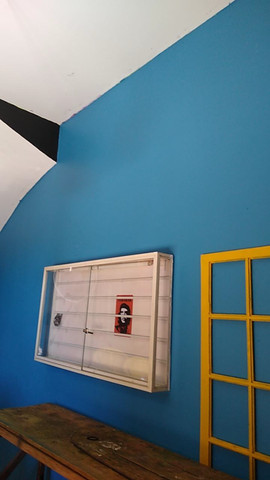 Aluga-se Lindo Imóvel Comercial e ou Residencial, com garagem para um carro, 2 dormitórios - Foto 6