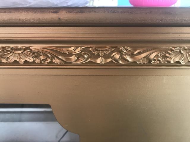 Vendo lindo balcão/cristaleira madeira maciça
