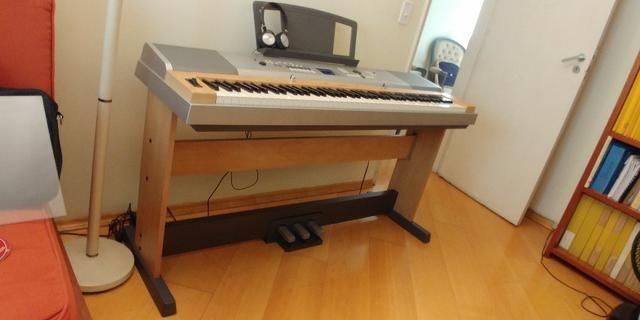 piano digital yamaha dgx 630 com pedaleira instrumentos musicais vila paulista s o paulo. Black Bedroom Furniture Sets. Home Design Ideas