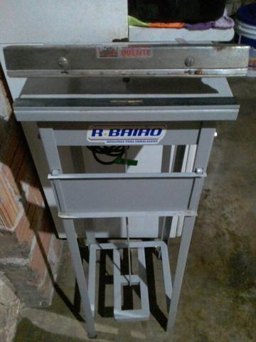 Estou vendendo uma máquina seladora de sacos plásticos vendo por 200,00 reais