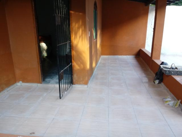 Vendo Casa em Nova Viçosa no bairro Alcione no sul da Bahia a 150m da praia lugar comum - Foto 2