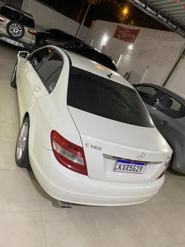 Mercedes C 180 com Teto solar - Foto 2